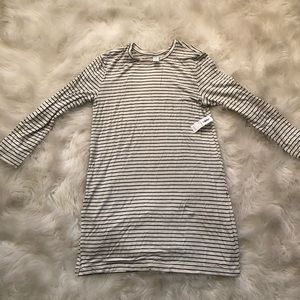 Old Navy tunic top/dress. NEVER WORN